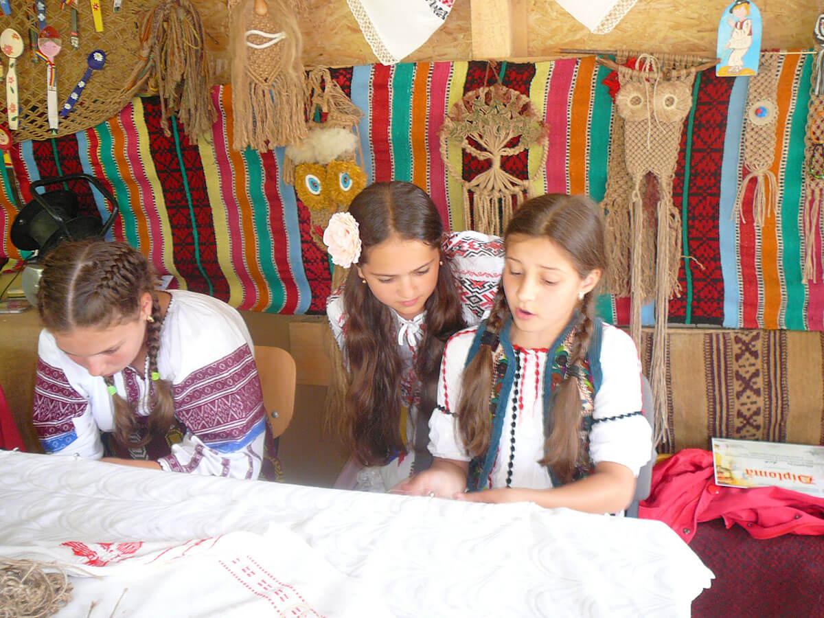 Copiii și datinile